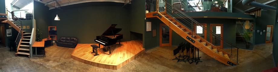 Santa-Monica-Conservatory-stage